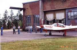 Redigo in front of the hangar