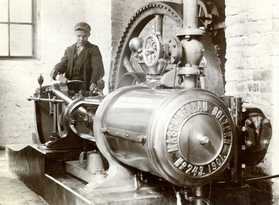 The Golzern steam engine at Hovilanhaara paper mill