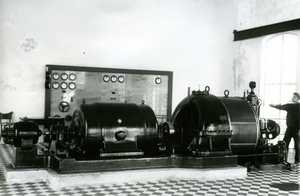 The condensing turbine at the new steam power station of Hovilanhaara paper mill in 1927.