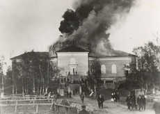 Jämsän church in fire, 24.5.1925